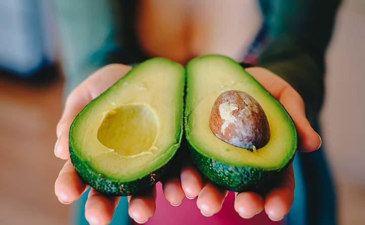 Un avocado al giorno leva il colesterolo cattivo di torno