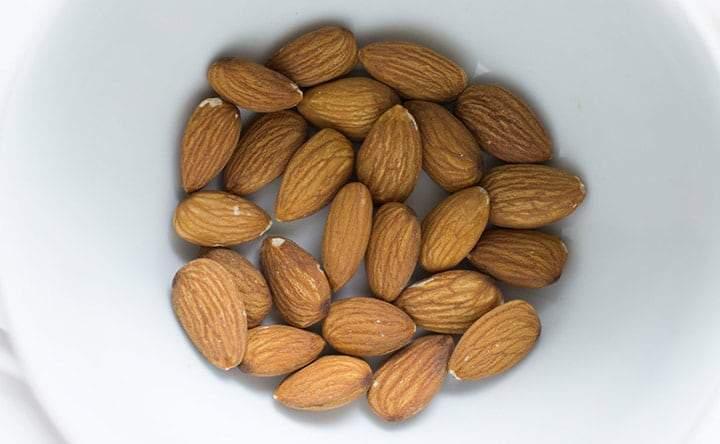 Le mandorle: migliorano la funzione del colesterolo buono