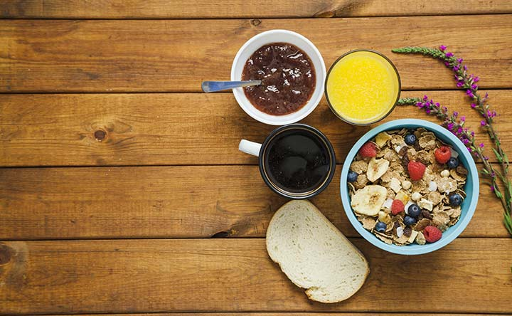 Colesterolo alto? Ecco cosa mangiare a colazione!