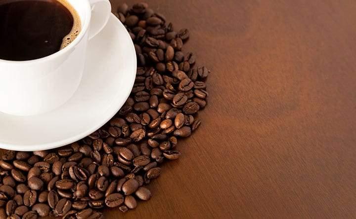 Caffè e cioccolato fondente: così il cuore sta bene