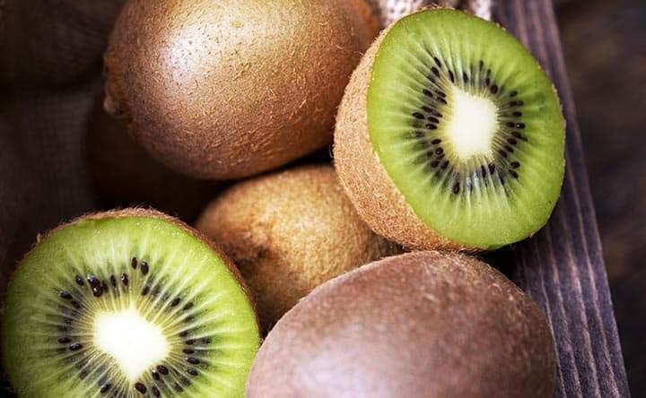 Kiwi: ottimo alleato per abbassare il colesterolo, ma non solo