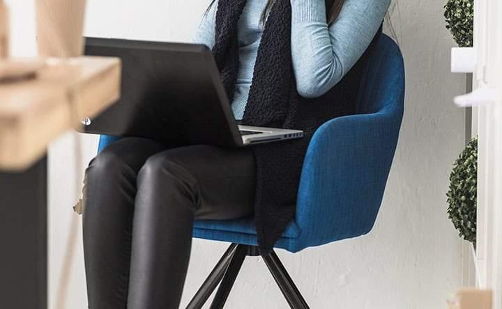 Cuore in salute? Alzarsi dalla sedia per almeno 30 minuti al giorno!