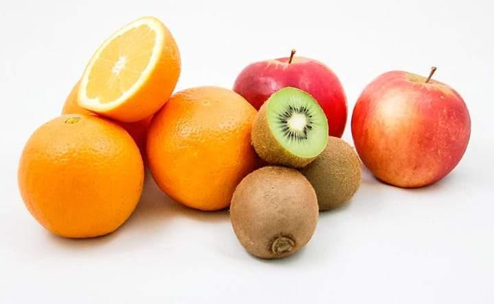 Quale frutta mangiare per combattere il colesterolo