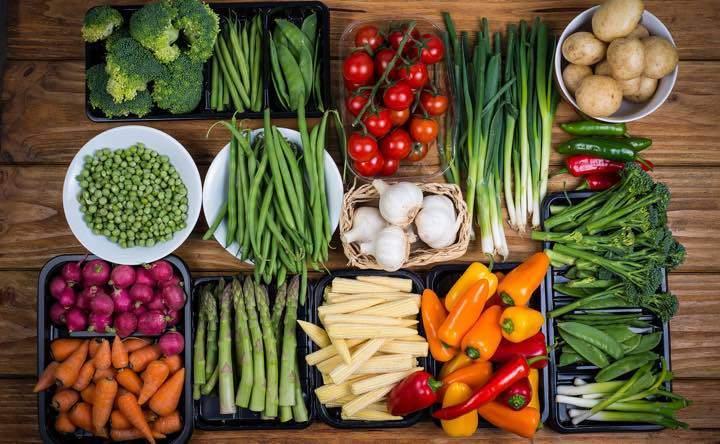 La dieta vegetariana con frutta a guscio, ortaggi e soia riduce il rischio di ictus