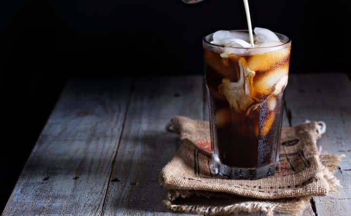 Bevande zuccherate: rischio maggiore di malattie cardiovascolari nelle donne